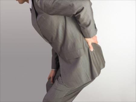 肩凝りや腰痛に繋がる日頃の生活習慣